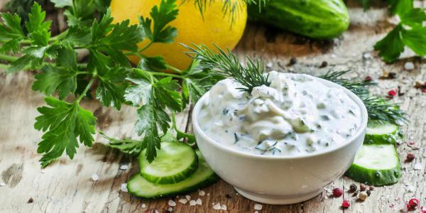 как приготовить диетический соус со сметаной