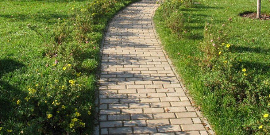 garden-path_1528534501-e1528534517402.jpg