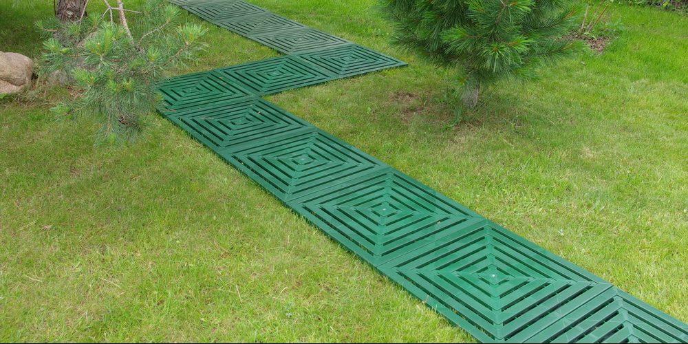 plastic-garden-path_1528468085-e1528468234862.jpg